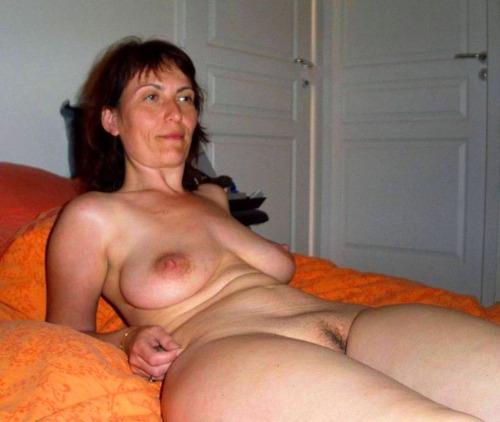 Rencontrez une épouse infidèle du 51