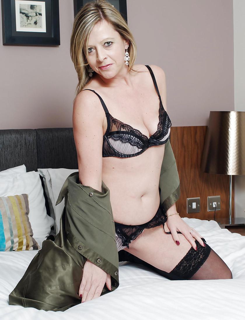 photo pour s'exciter devant sexe femme mature nue du 04