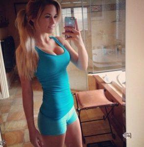 Jeune femme du 07 pour plan sexe infidèle