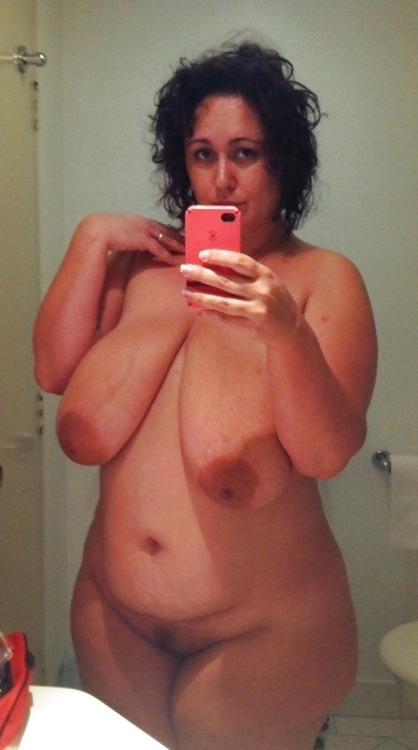 Maman cochonne du 33 cherche amant discret