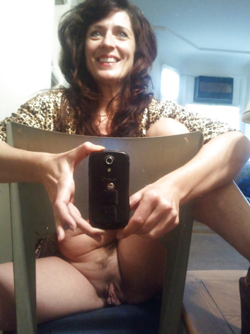 Petit moment sexe dans le 39 avec maman cougar