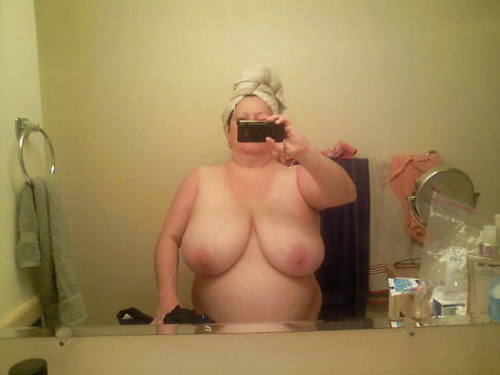 Petit moment sexe dans le 71 avec maman cougar